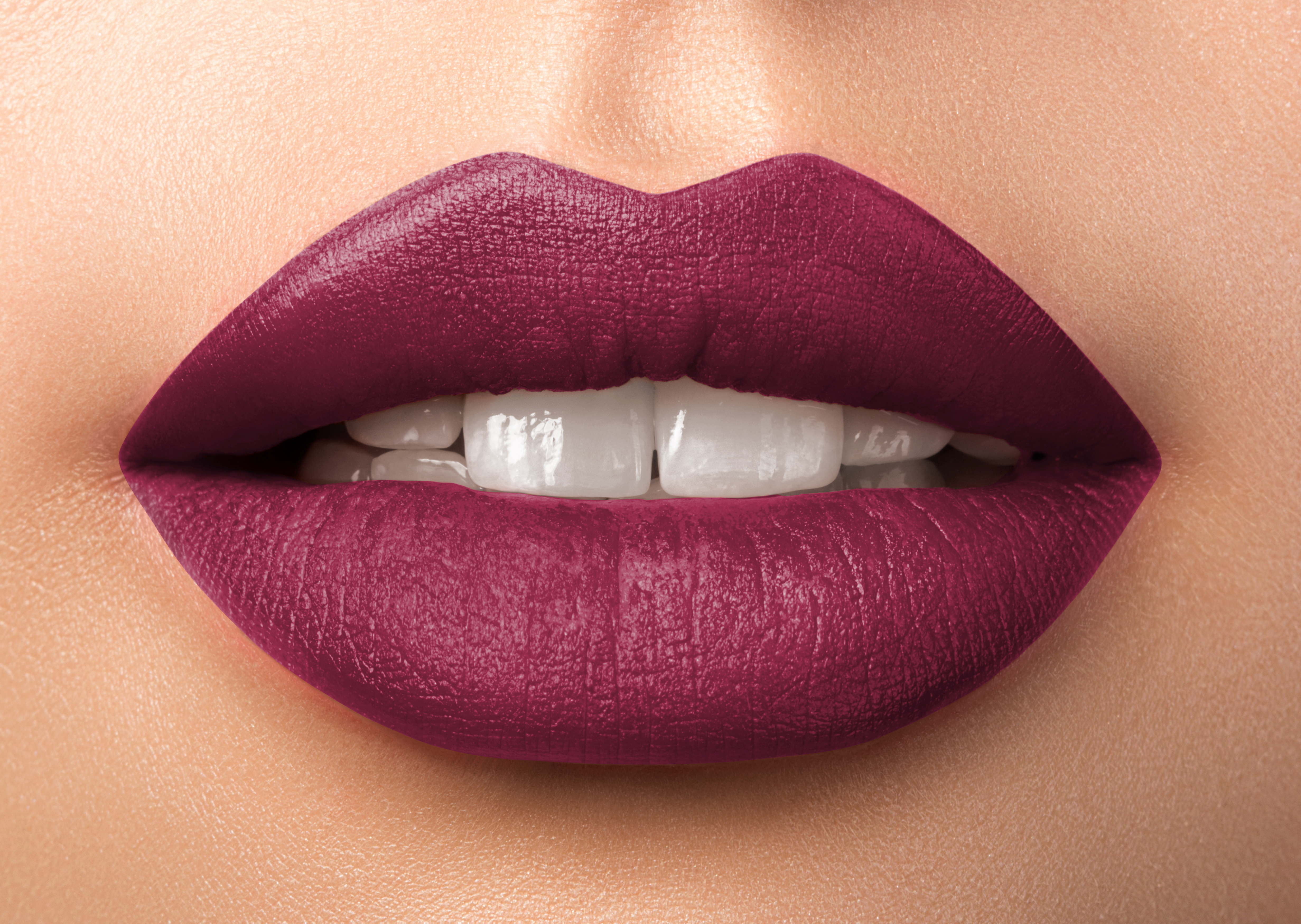 Luscious Lipstick - Enchanted 27MM Soft Shimmer