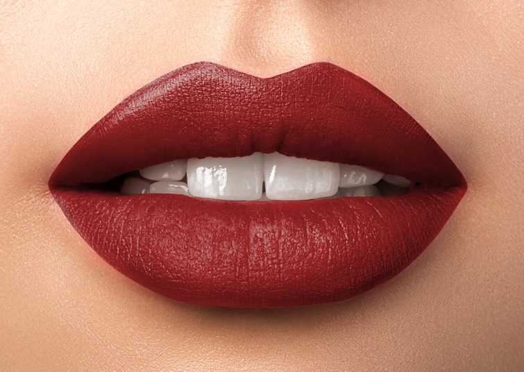 Luscious Lipstick - Moulin Rouge 27MM Soft Shimmer